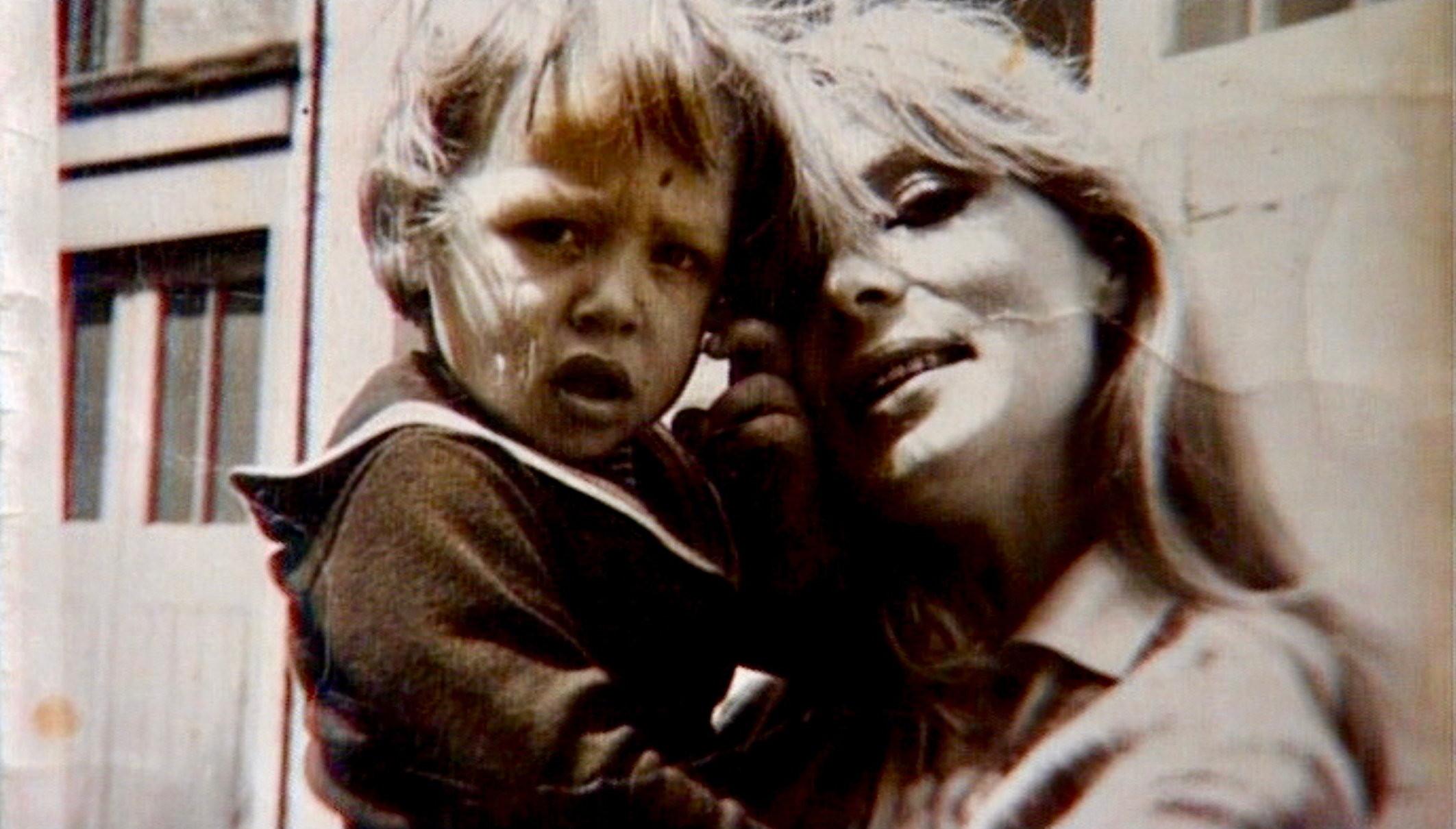 Nico Icon mit Sohn Ari - Regie Susanne Ofteringer - Kamera Judith Kaufmann