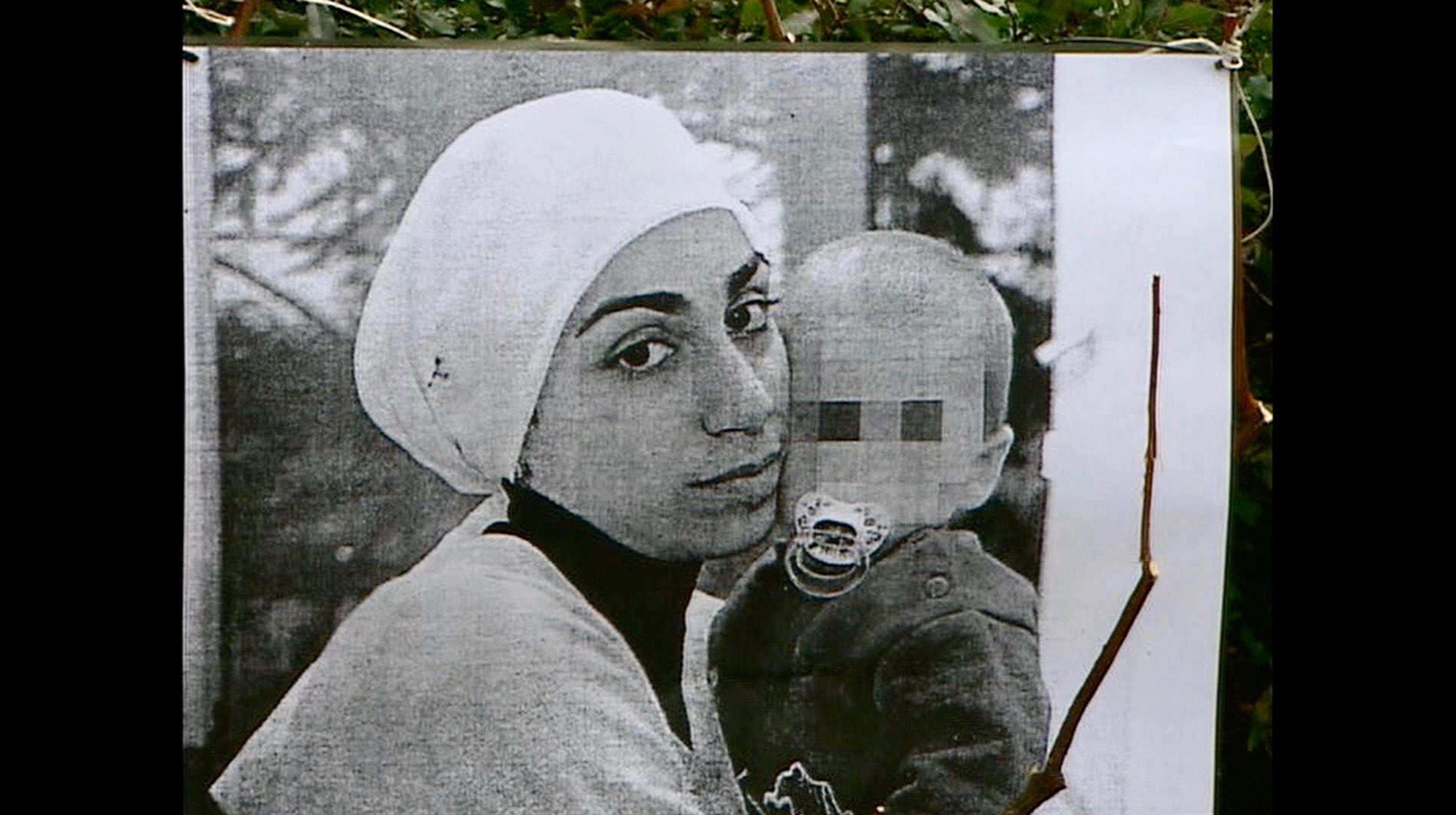Nur eine Frau - A Regular Women - Aynur mit Can (Originalsource) - Regie Sherry Hormann - Kamera Judith Kaufmann
