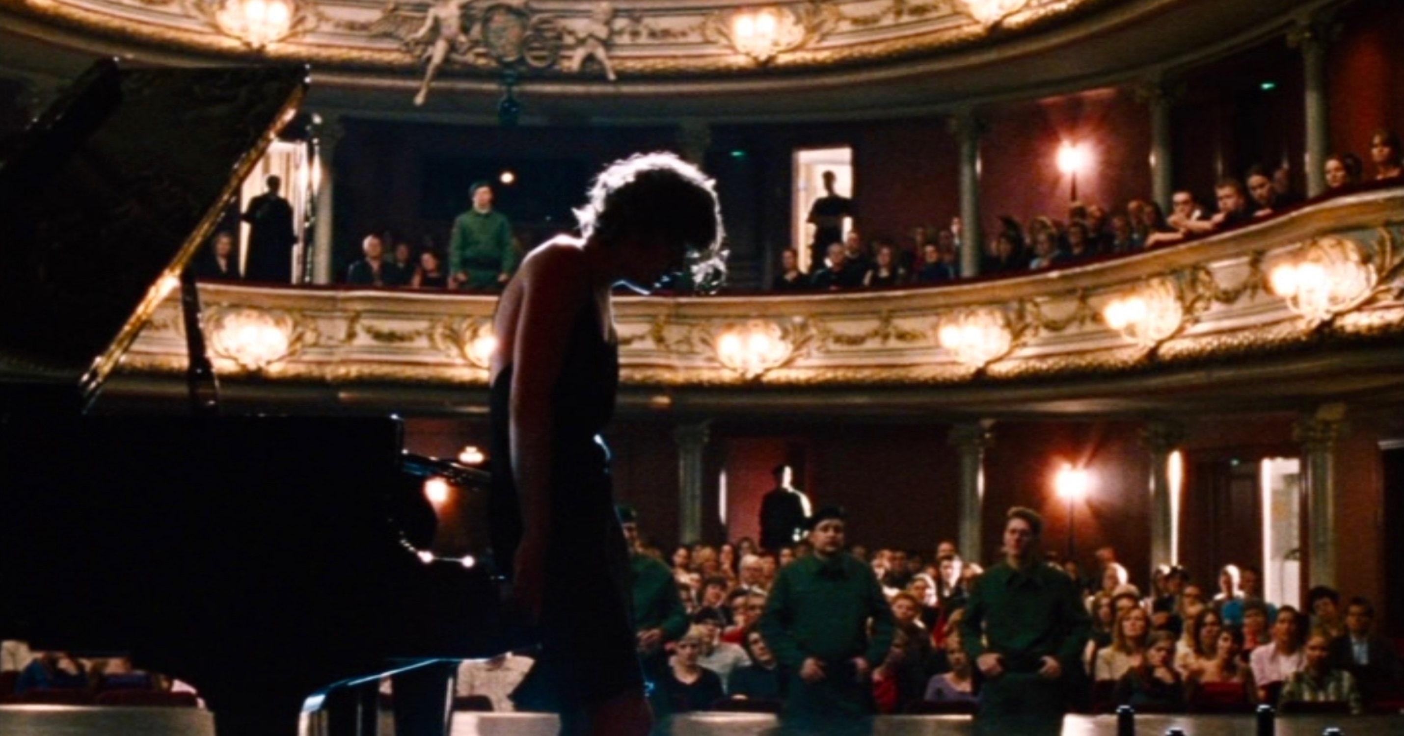 Vier Minuten - Four Minutes - Jenny nach ihrem furiosen Konzert - Regie: Chris Kraus - Kamera Judith Kaufmann