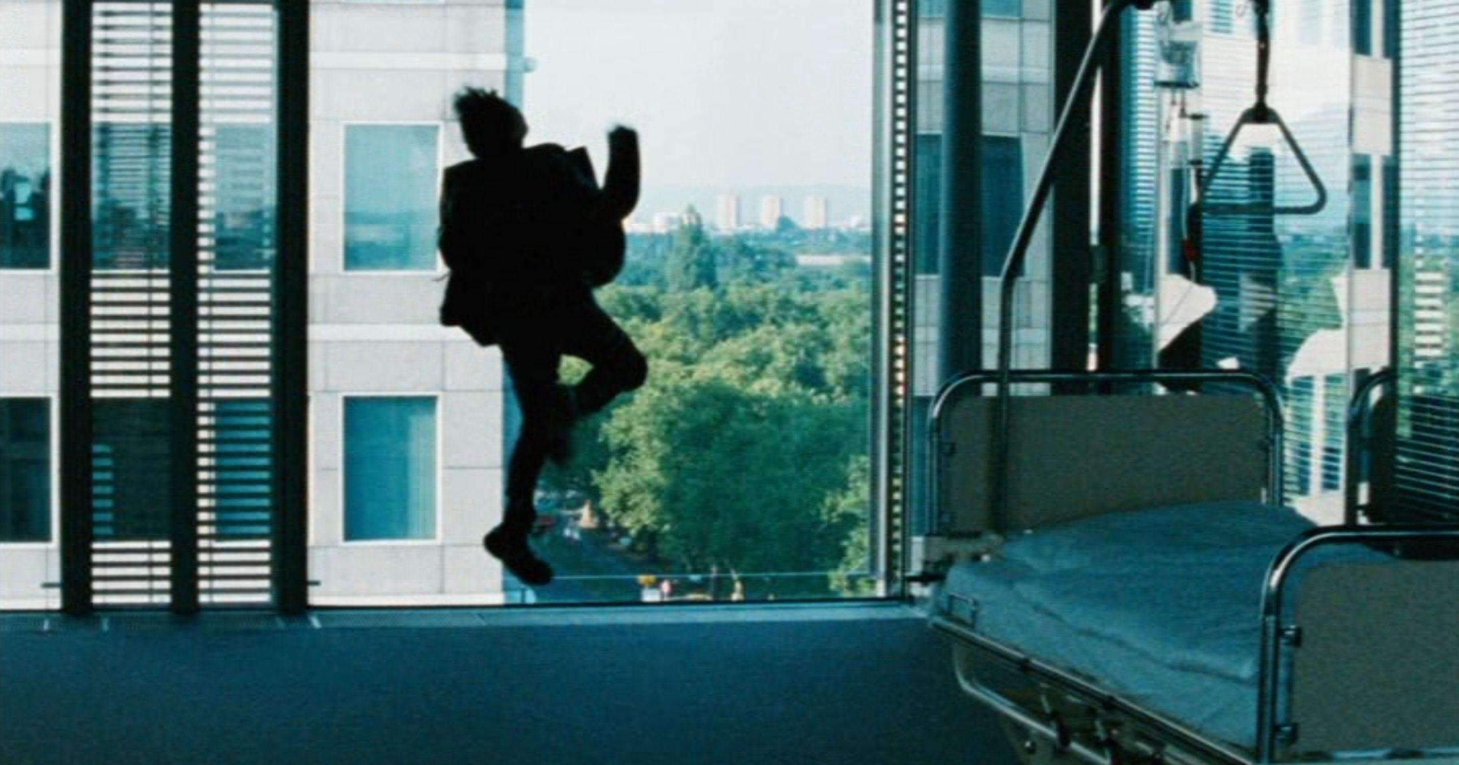 Vier Minuten - Four Minutes - Wut, Jenny springt gegen ein Fenster - Regie: Chris Kraus - Kamera Judith Kaufmann