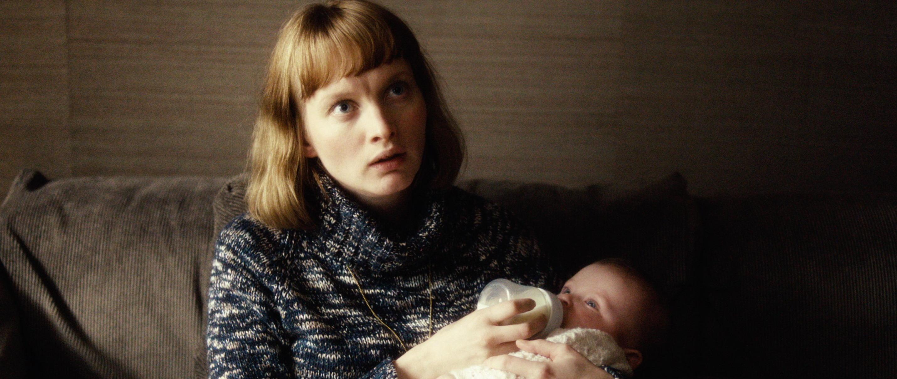 Zwei Leben - Two Lives - Julia Bache-Wiig spielt Katrines Tochter Anne - Regie Georg Maas - Regie und Kamera Judith Kaufmann