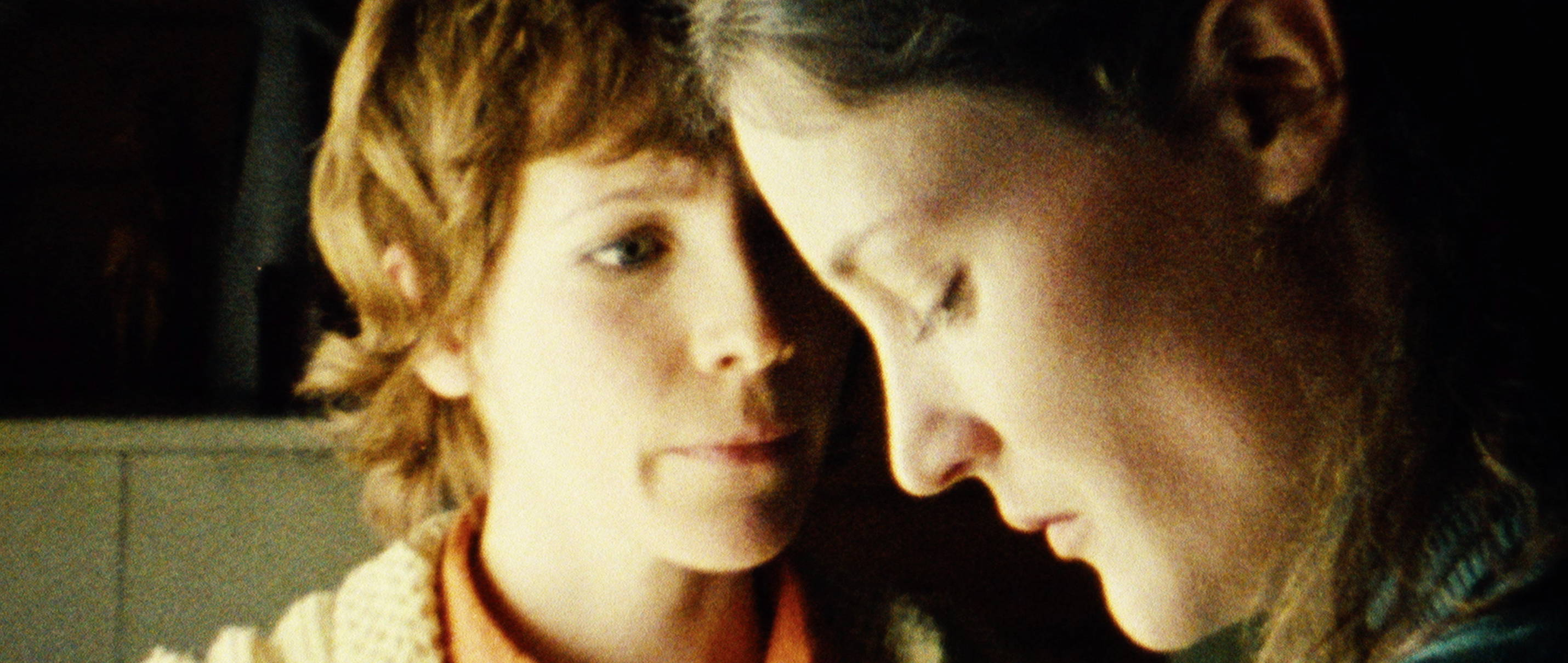 Zwei Leben - Two Lives - Katrine (Juliane Köhler) und Kathrin Lehnhaber (Vicky Krieps) - Regie Georg Maas - Regie und Kamera Judith Kaufmann