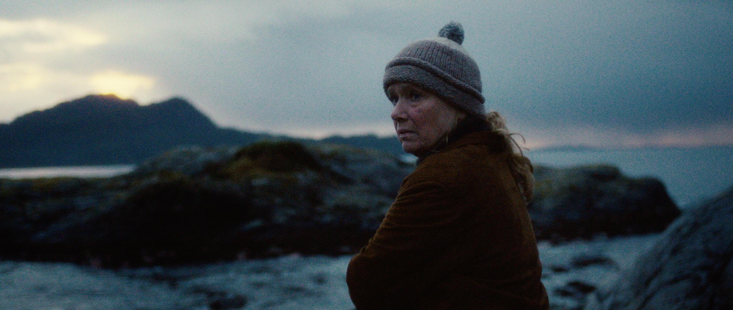 Zwei Leben - Two Lives - Liv Ullmann spielt Katrines Mutter Åse - Regie Georg Maas - Regie und Kamera Judith Kaufmann